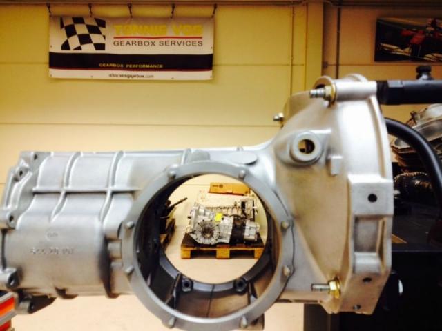 Porsche 356 versnellingsbak - getriebe - gearbox - boite